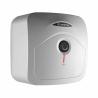 Elektrický ohřívač vody Ariston ANDRIS R 10 U je zařazený do energetické třídy B, což zaručuje nízkou spotřebu energie. Instalace tohoto ohřívače je spodní (pod umyvadlo). Celkový objem - 10 l. Výkon - 1,2 kW. Teplotu vody si můžete regulovat pomocí otočného termostatu, který se nachází na přední straně bojleru. Součástí je ekologická polyuretanová izolace, která snižuje tepelné ztráty.