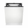 Vestavná myčkaElectrolux EEA27200Lsešířkou 60 cm. Úsporný provozv energetické třídě A++ a hlučností 46 dB. Inteligentní systémAutoSensepřizpůsobí spotřebu vody aktuálnímu obsahu myčky. Efektivní sušeníAirDryvyužívá proudění vzduchu, automatickým odchýlením dvířek v závěrečné fázi. Jednoduchá instalace bez potřeby úprav a řezání skla, díkysystémuPerfectFit.