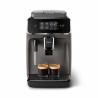 Automatický kávovar Philips EP2224/10, který Vám připravídva druhy lahodnýchkáv. Součástí je inapěnovač mléka, který vytvoří krémově jemnou pěnu (např. do cappuccina). Mlýnek s 12 stupni hrubosti mletí. Dokonalá rovnováha mezi teplotou vaření a aroma pomáhá udržovatsystém Aroma Extract. Kávovar se ovládá pomocídotykového displeje. Kapacita nádoby na kávová zrna -275 g. Objem nádoby na vodu -1,8 l.