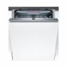 Tato vestavná myčka nádobíBOSCH SMV46KX01E Vám zaručí nízkou spotřebu energie, je zařazená do energetické třídy A ++. Spotřeba vody na jeden cyklus je 10 l. Dosahuje šírky až 60 cm a dokáže umýt 13 jídelních souprav. Výhodou je tichý provoz s maximální hlučností jen 46 dB. ROZBALENÝ KUS - domácí spotřebiče, které máme skladem a navíc s výraznými slevami. Rozbalený tovar je úplně nový, nenese žádné poškození – byl jen rozbalený. Tovar je plně funkčný a platí naň 2-letá záruka.