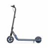 Dětská elektrická koloběžka Ninebot eKickScooter ZING E10 by Segway dosahuje maximální rychlosti 16 km/h. Kapacita baterie - 55 Wh. Dojezd koloběžky - 10km. Výkon motoru - 200 W. 3 jízdní módy - turbo, automatický, bezpečný + tempomat. Maximální nosnost - 50 kg (pro děti 8 - 14 let) výška 950 mm. Ambientní LED barevné podsvícení.